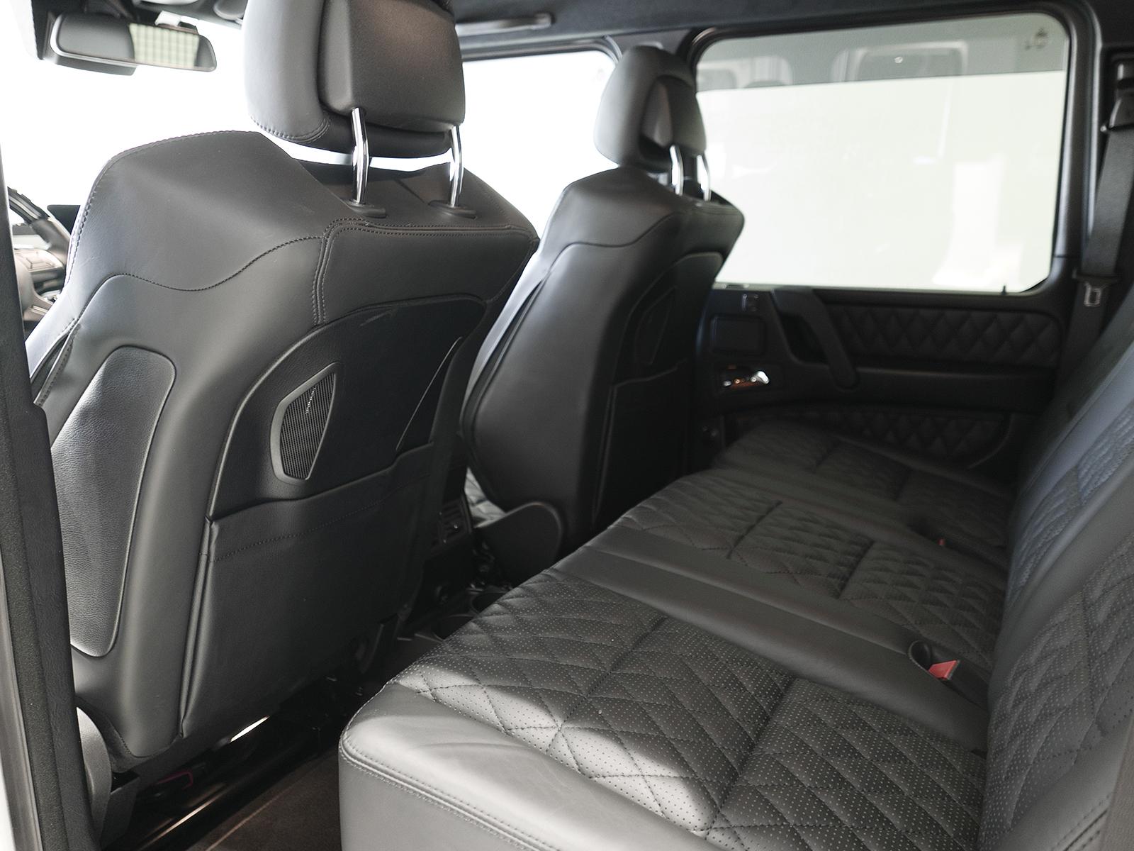 メルセデスAMG G63 ロング リアシート