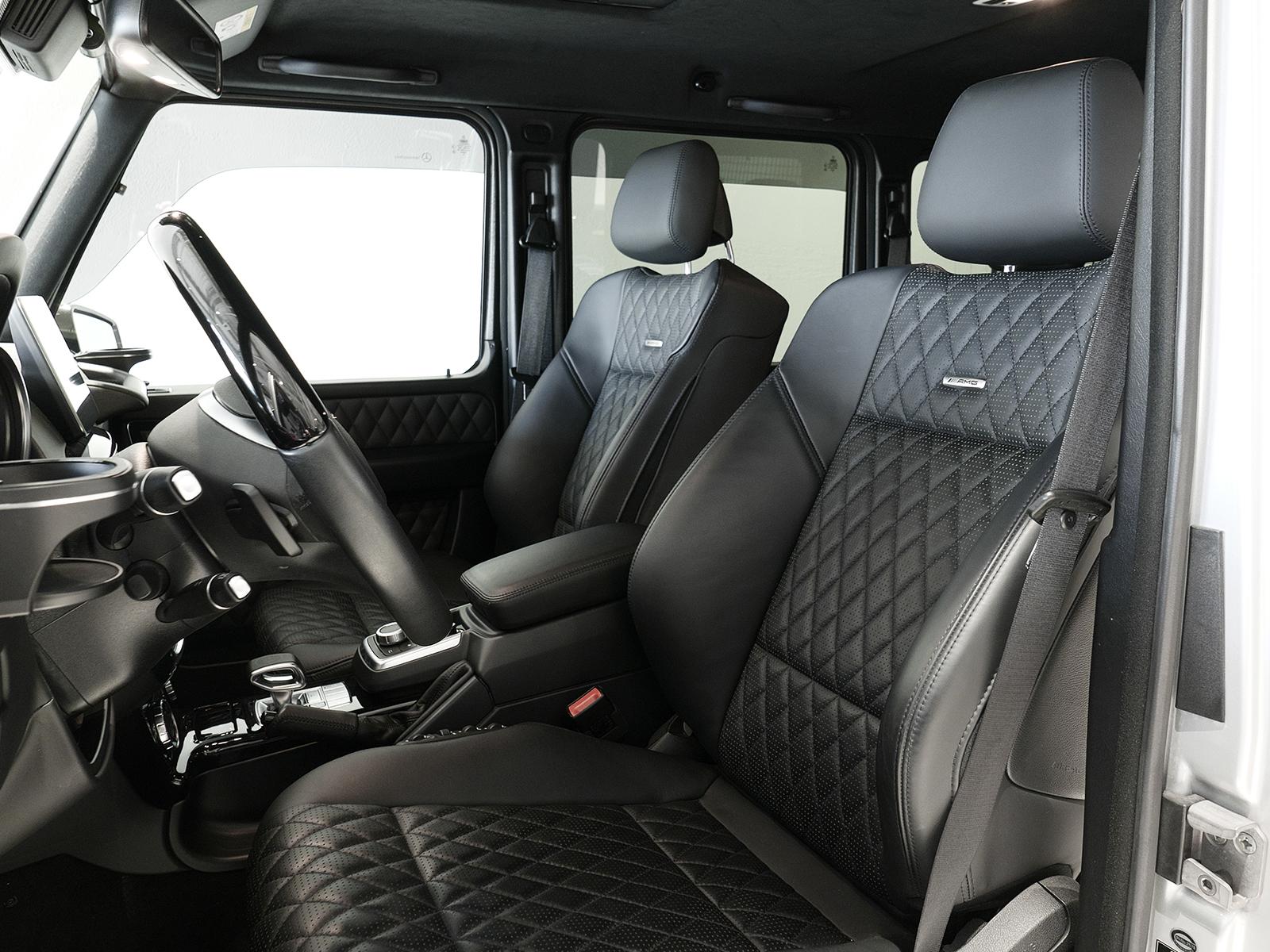 メルセデスAMG G63 ロング 運転席