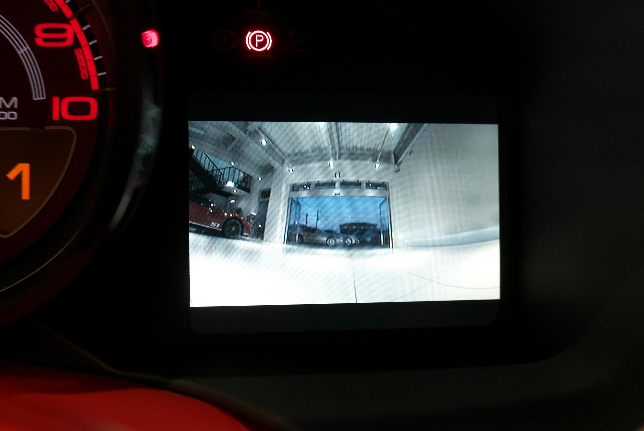 フェラーリ F12 ベルリネッタ カメラ画像