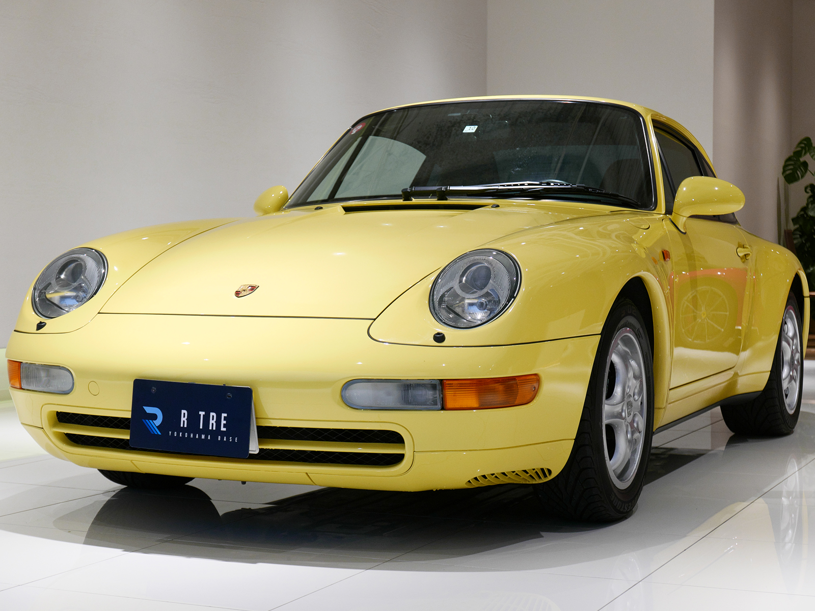 ポルシェ 911 タイプ993 カレラ タイプ Ⅰ 左フロント