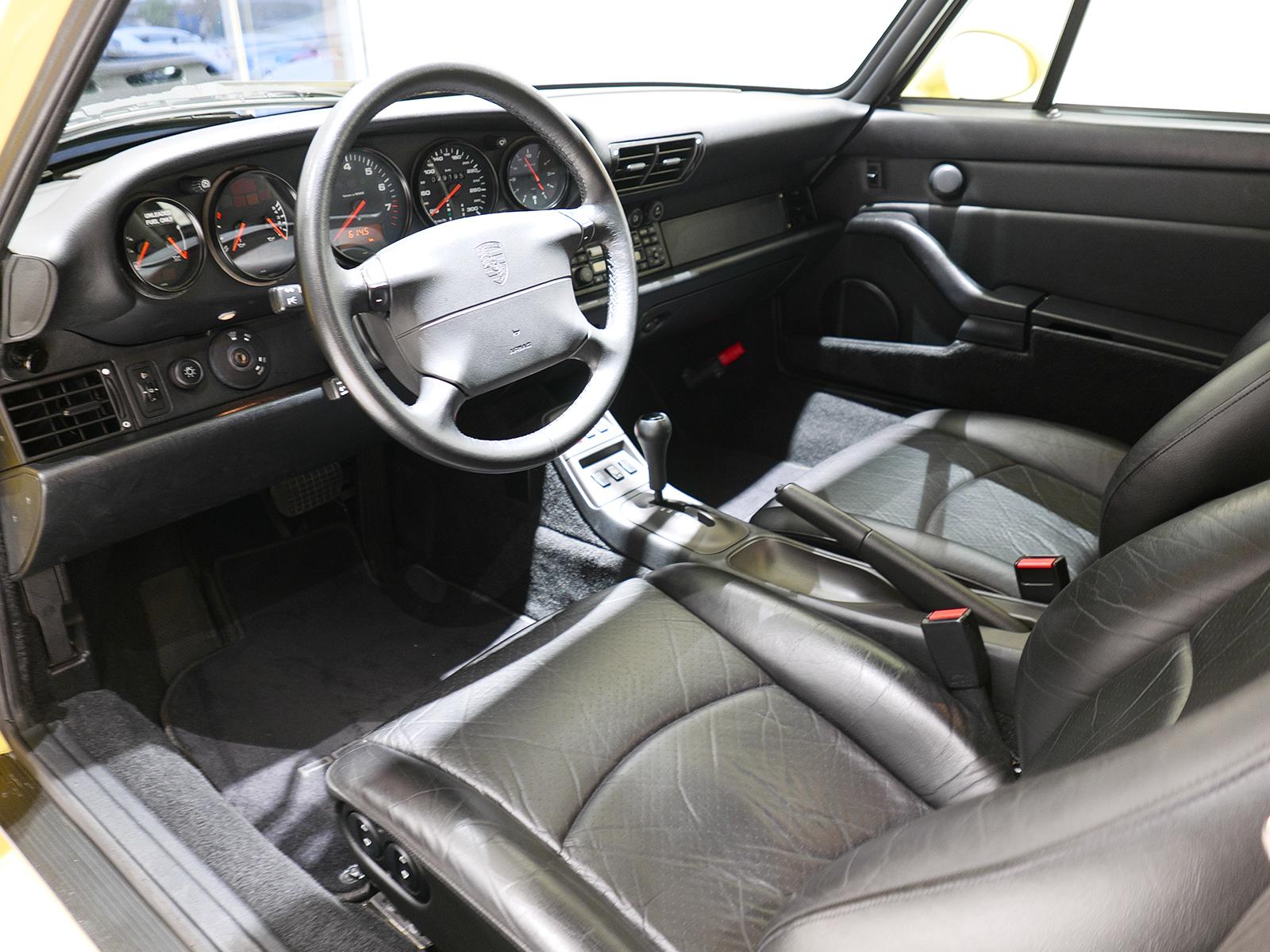 ポルシェ 911 タイプ993 カレラ タイプ Ⅰ 運転席