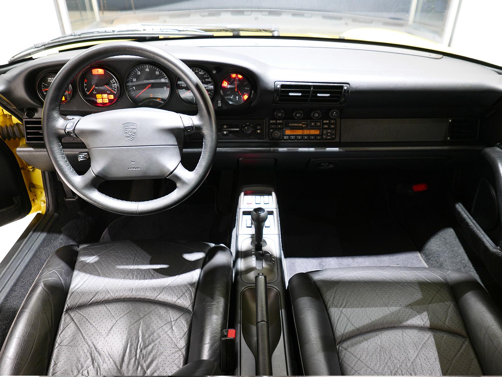 ポルシェ 911 タイプ993 カレラ タイプ Ⅰ 内装
