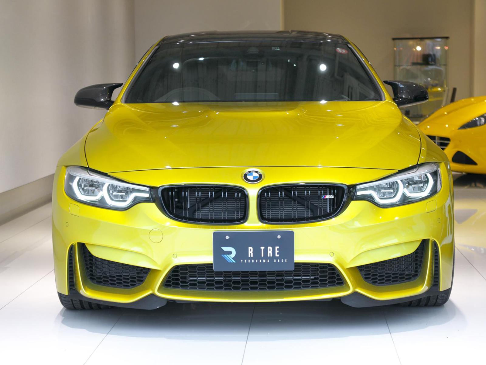 BMW M4 クーペ オースチンイエロー フロントフェイス