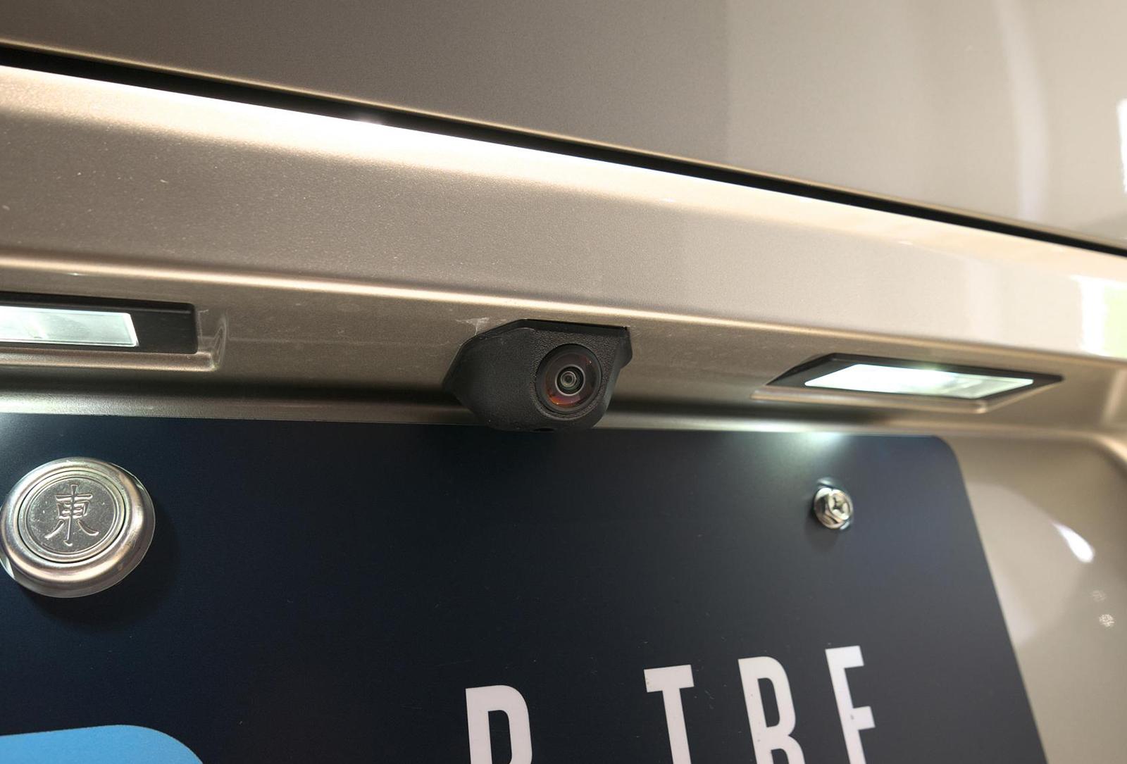 BMW アルピナ XD4 Allrad バックカメラ