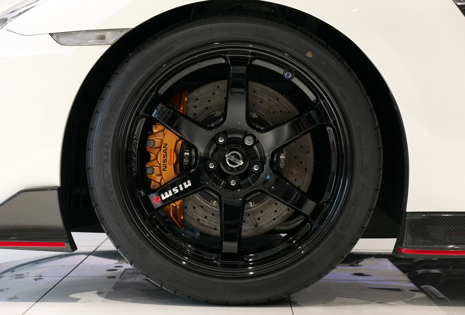日産 GT-R NISMO フロントホイール