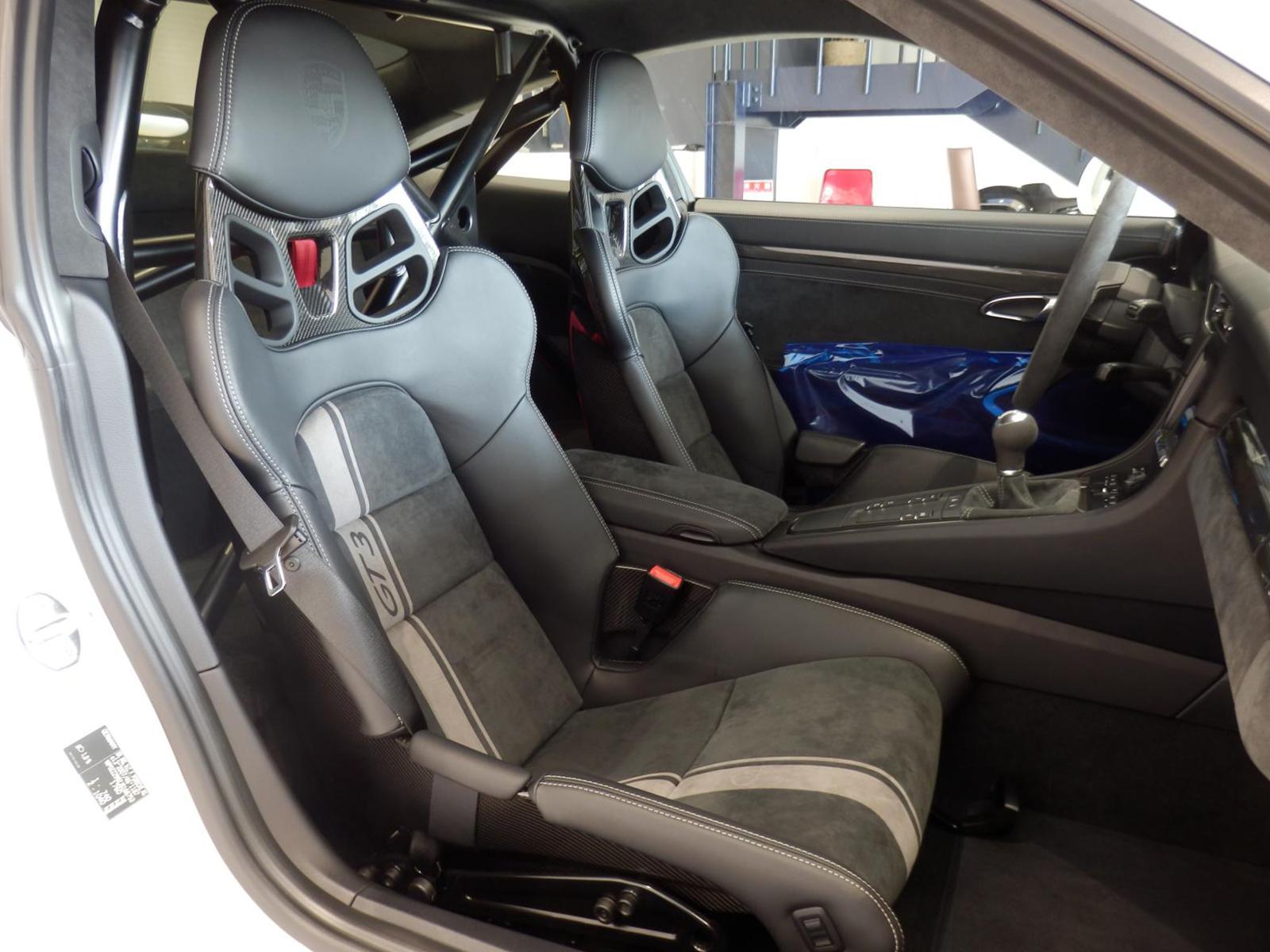 ポルシェ 911 GT3 タイプ991-Ⅱ 助手席