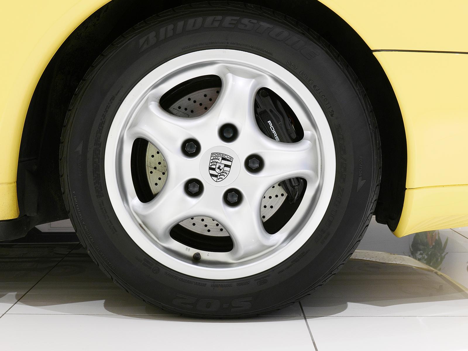 ポルシェ 911 タイプ993 カレラ タイプ Ⅰ リアホイール
