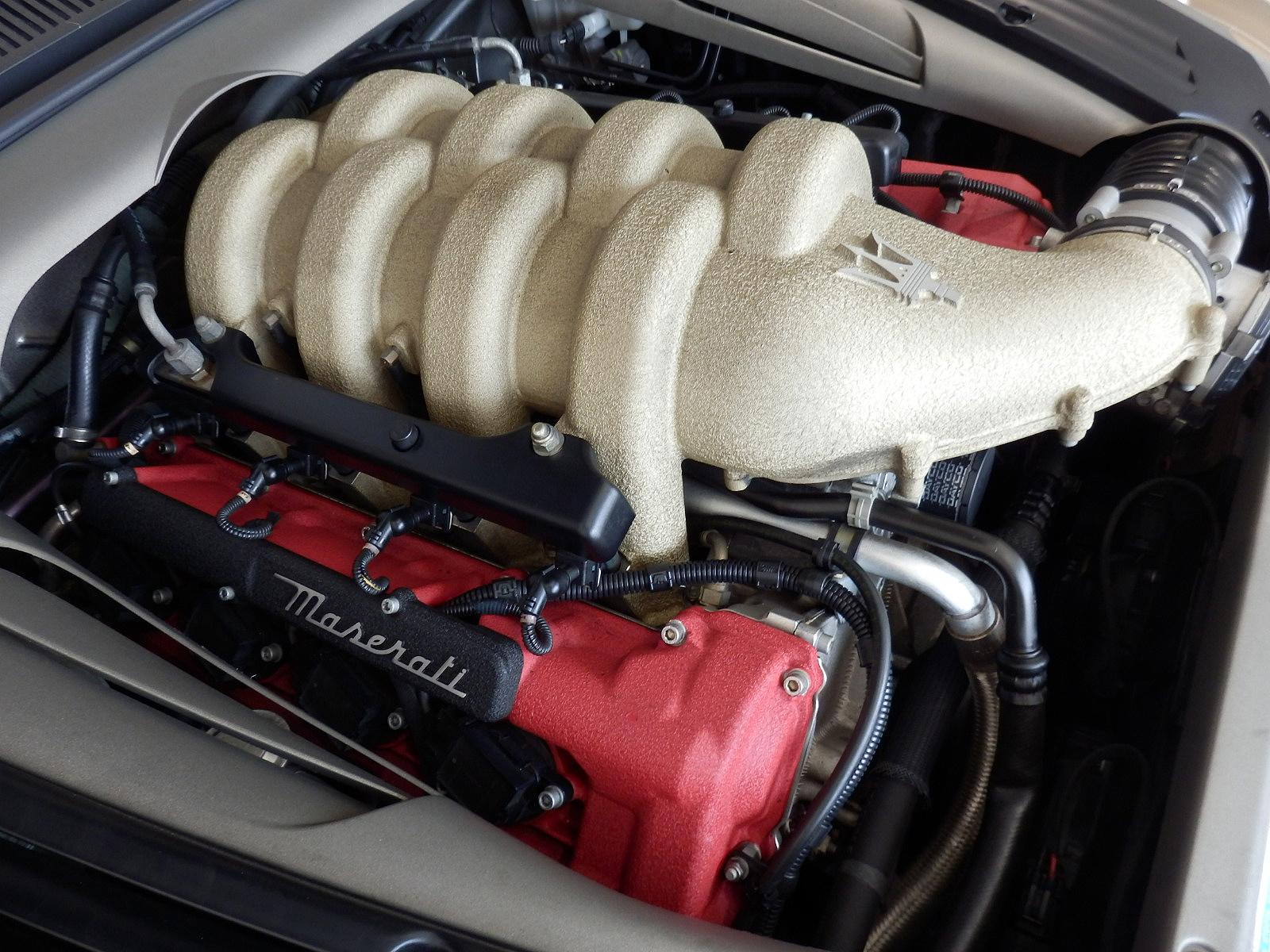 マセラティ スパイダー V8エンジン
