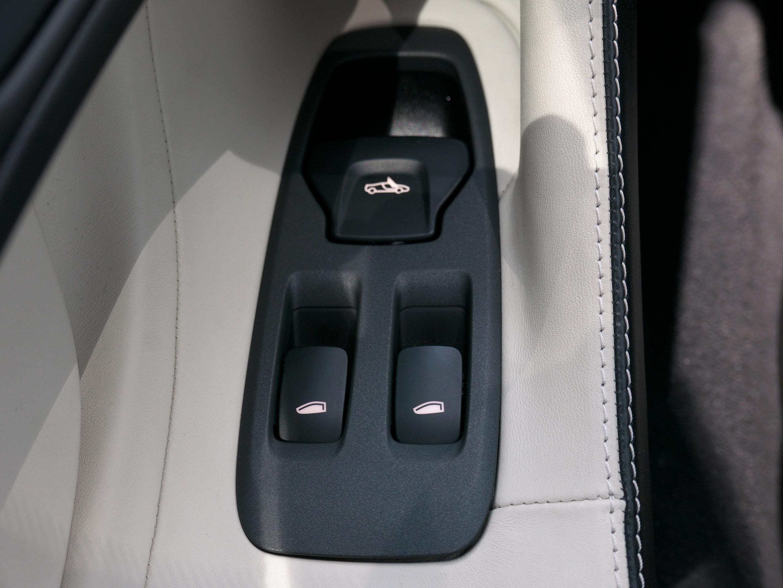 マクラーレン 540C パワーウィンドウスイッチ