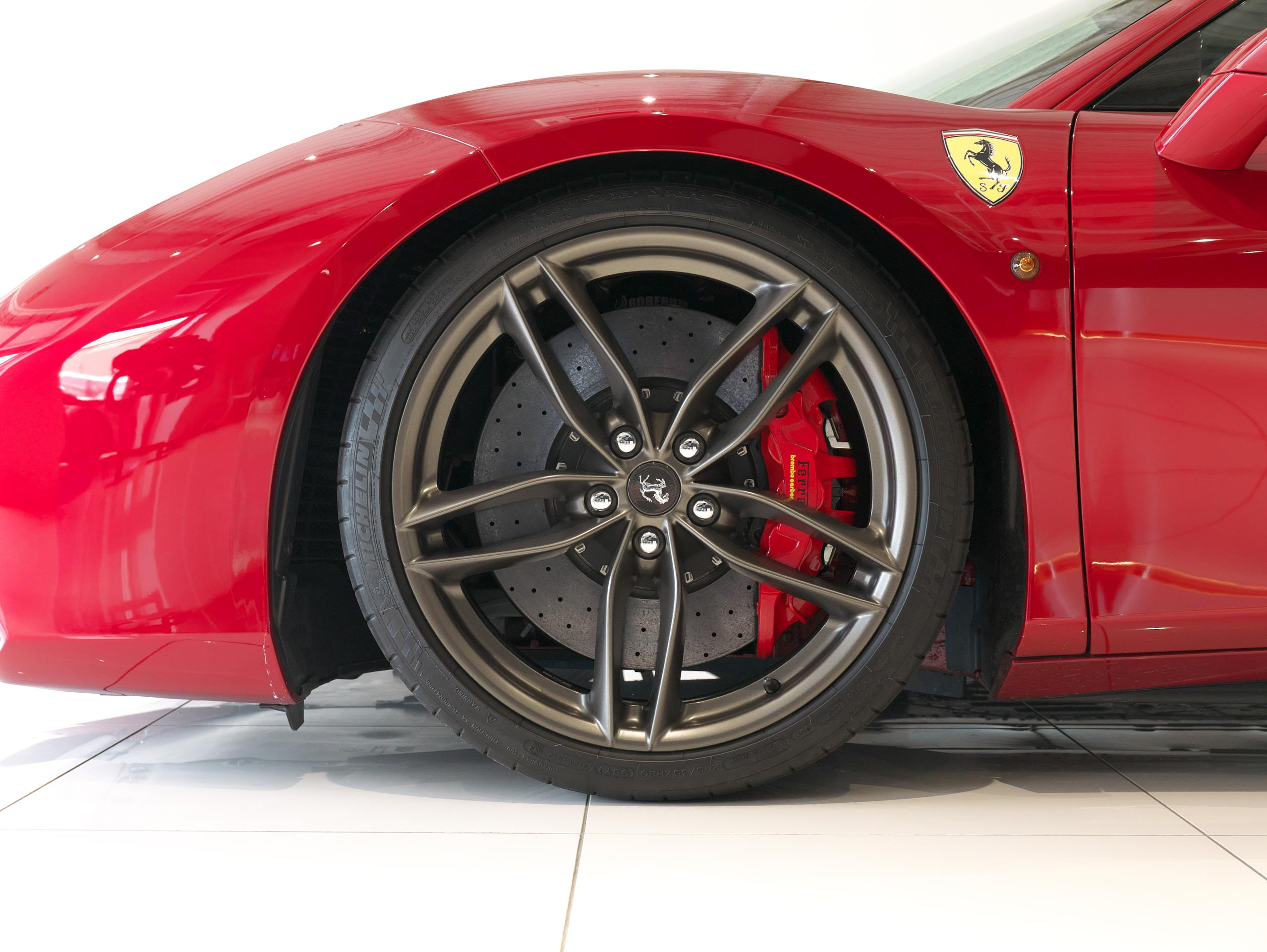フェラーリ 488GTB 左フロントホイール