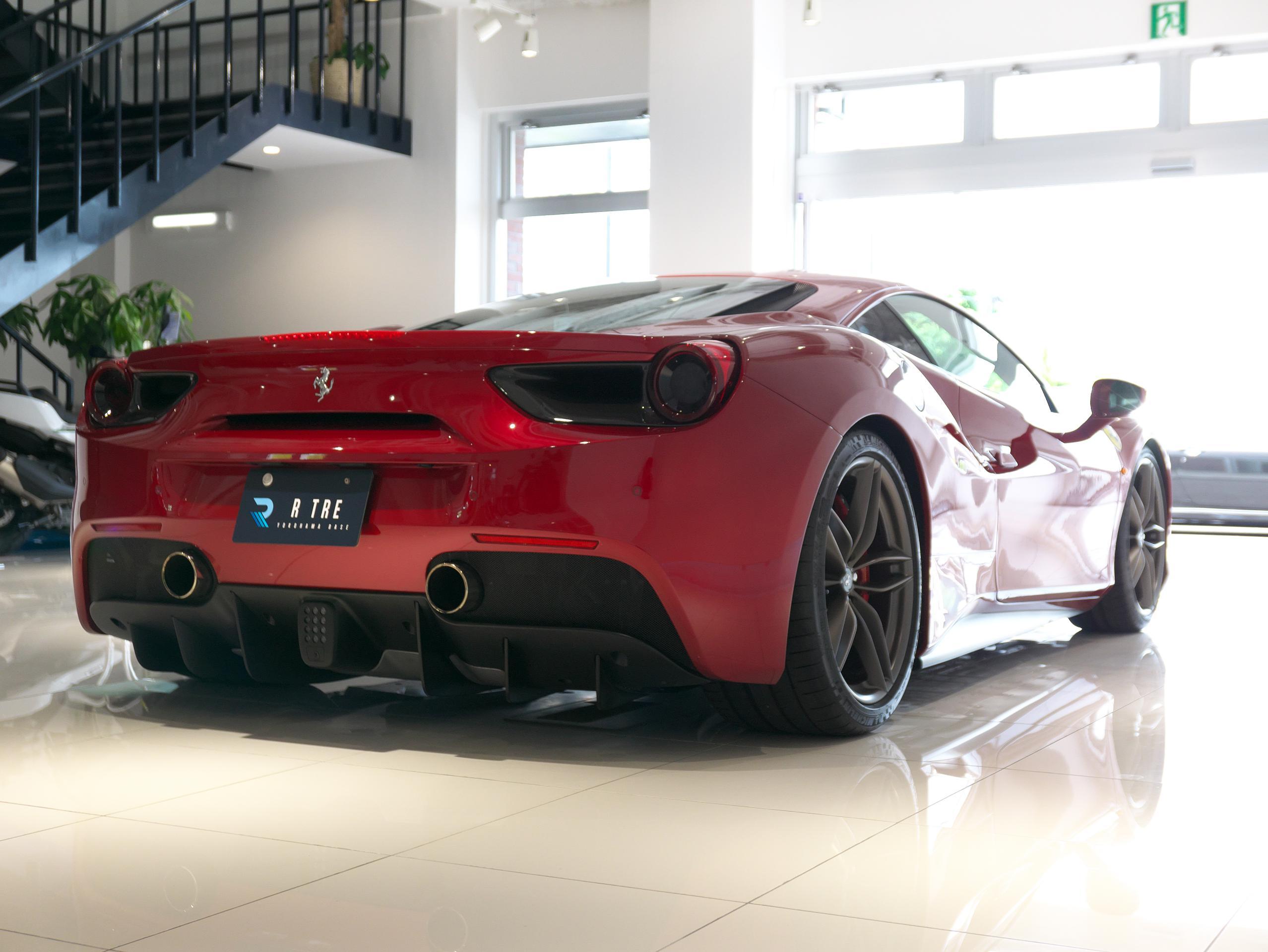 フェラーリ 488GTB 右リアサイド
