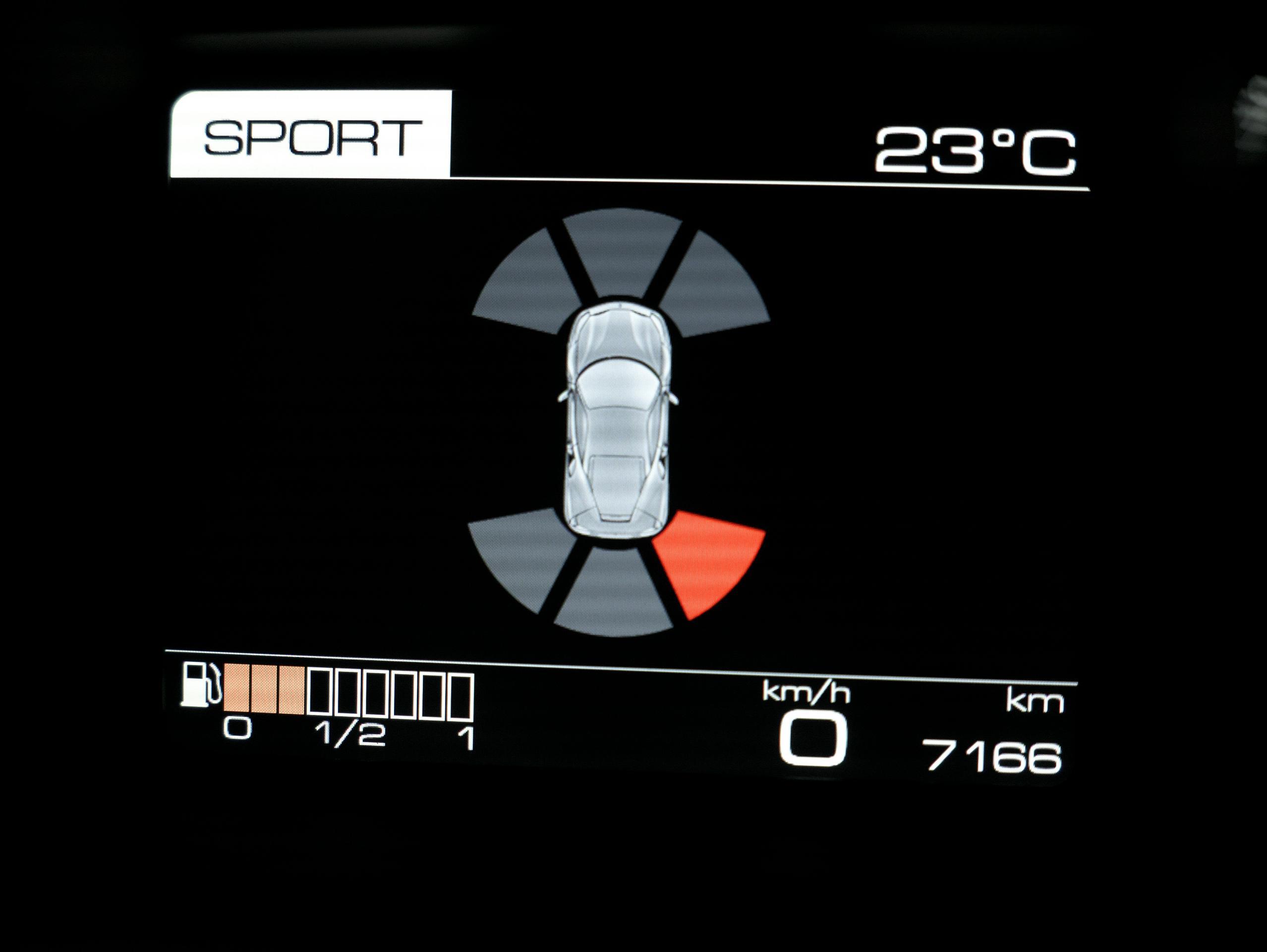 フェラーリ 488GTB パーキングセンサー