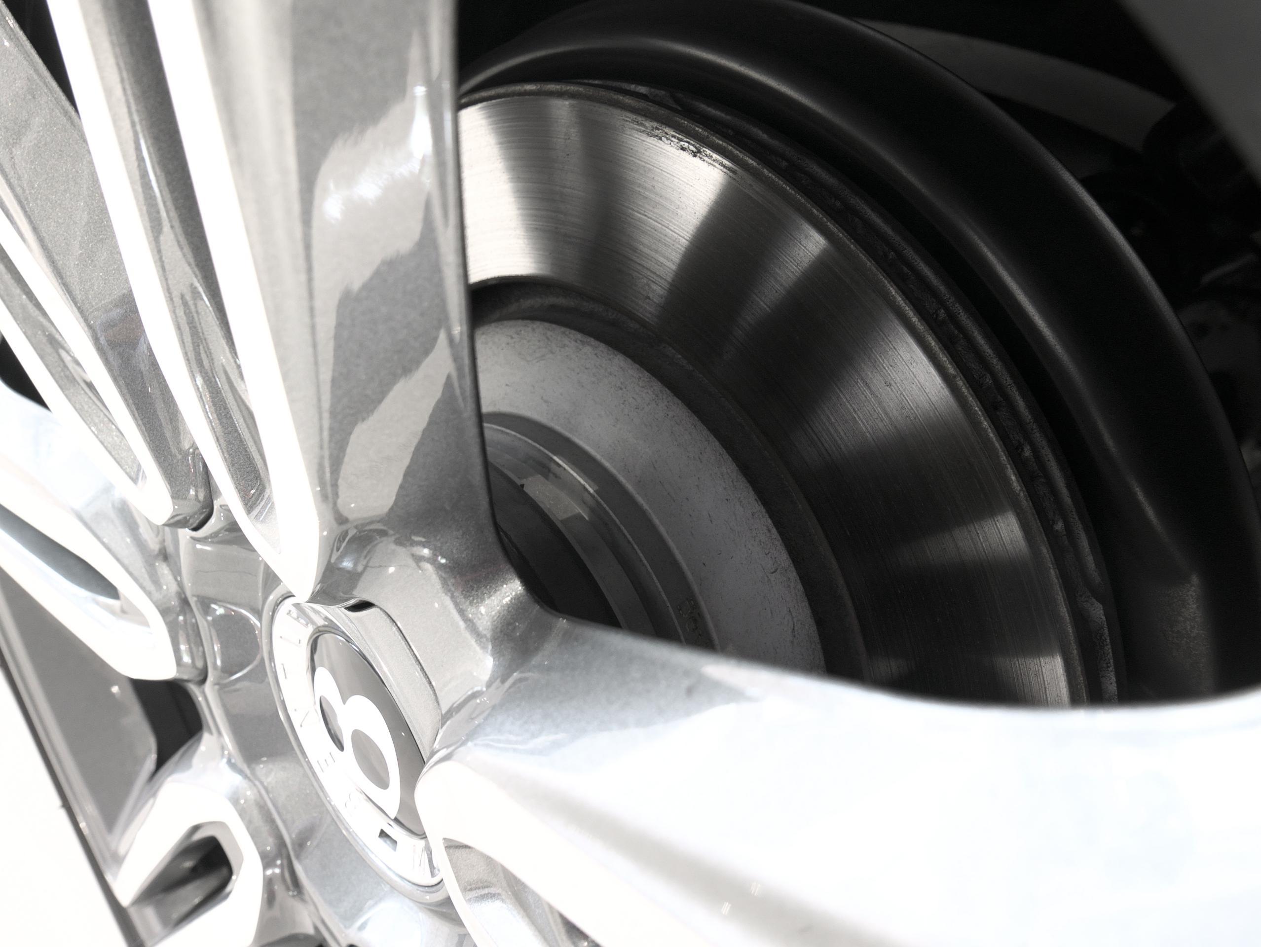 ベントレー フライングスパー W12 ホイールスペーサー