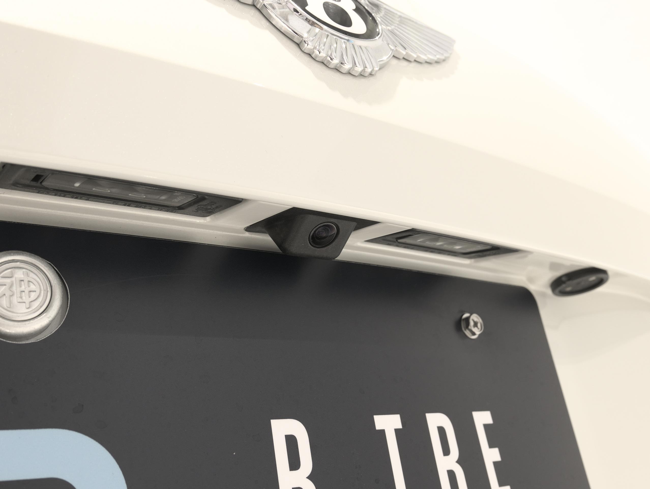 ベントレー フライングスパー W12 リアビューカメラ