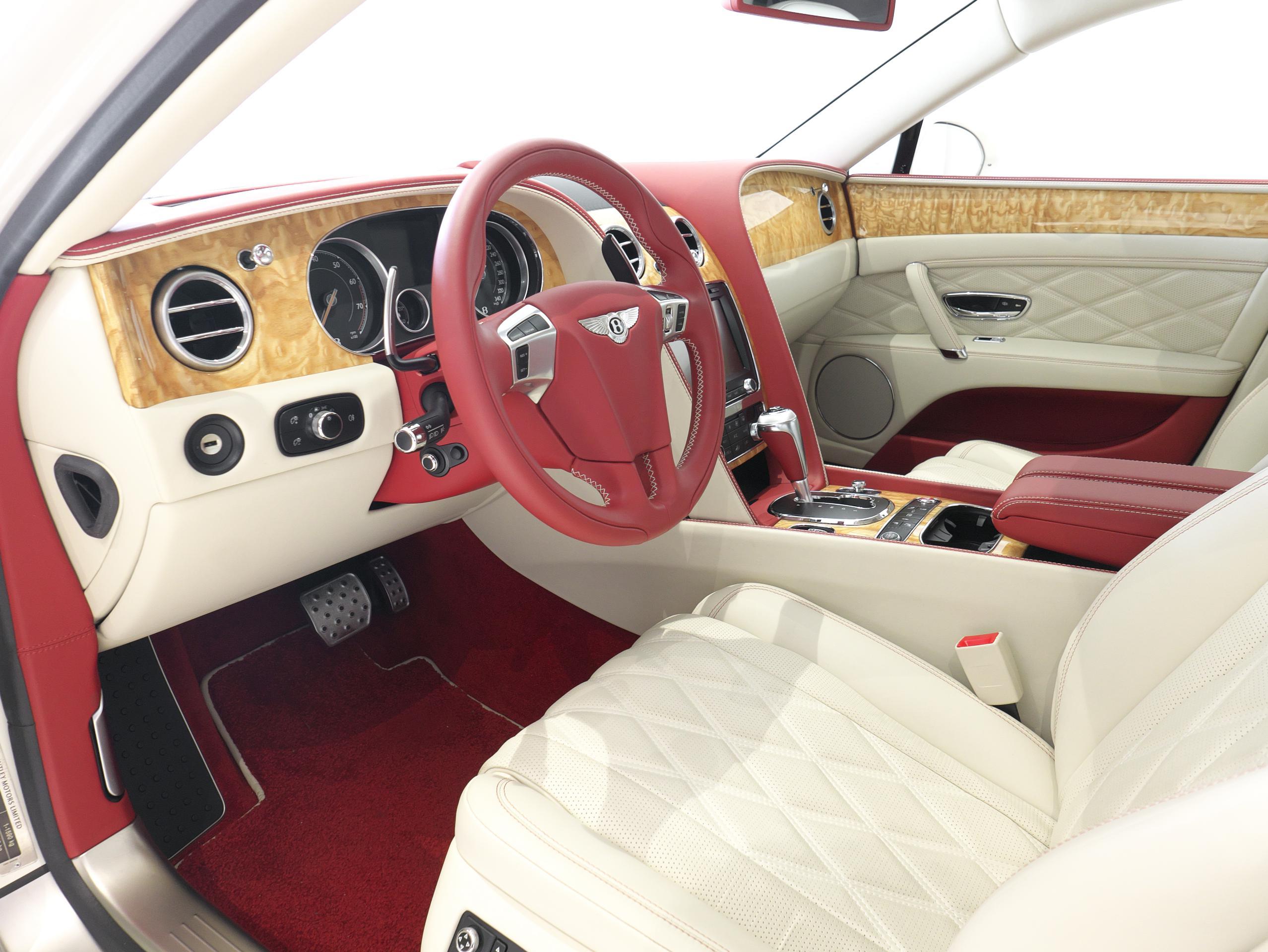 ベントレー フライングスパー W12 運転席シート