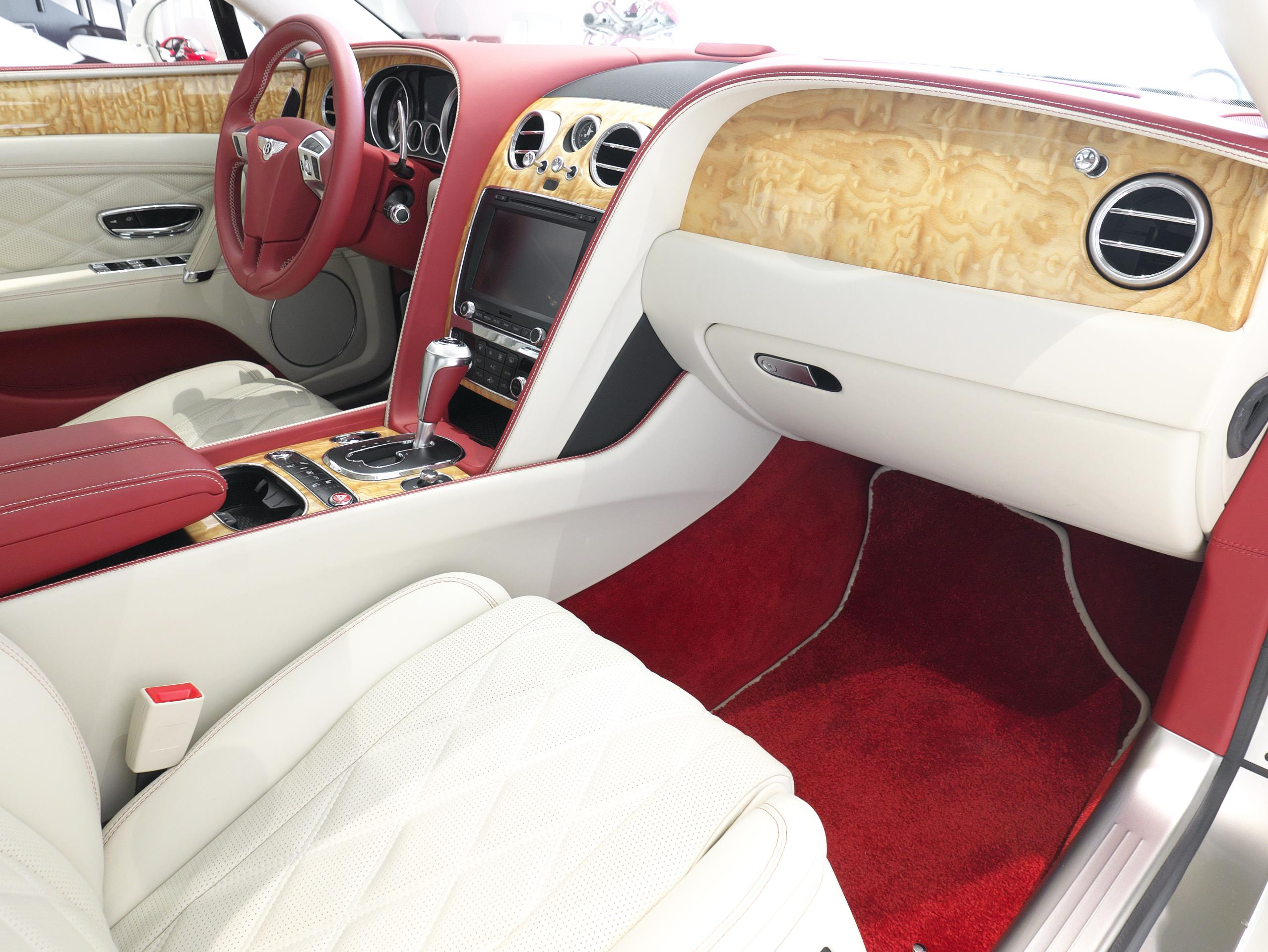 ベントレー フライングスパー W12 助手席シート