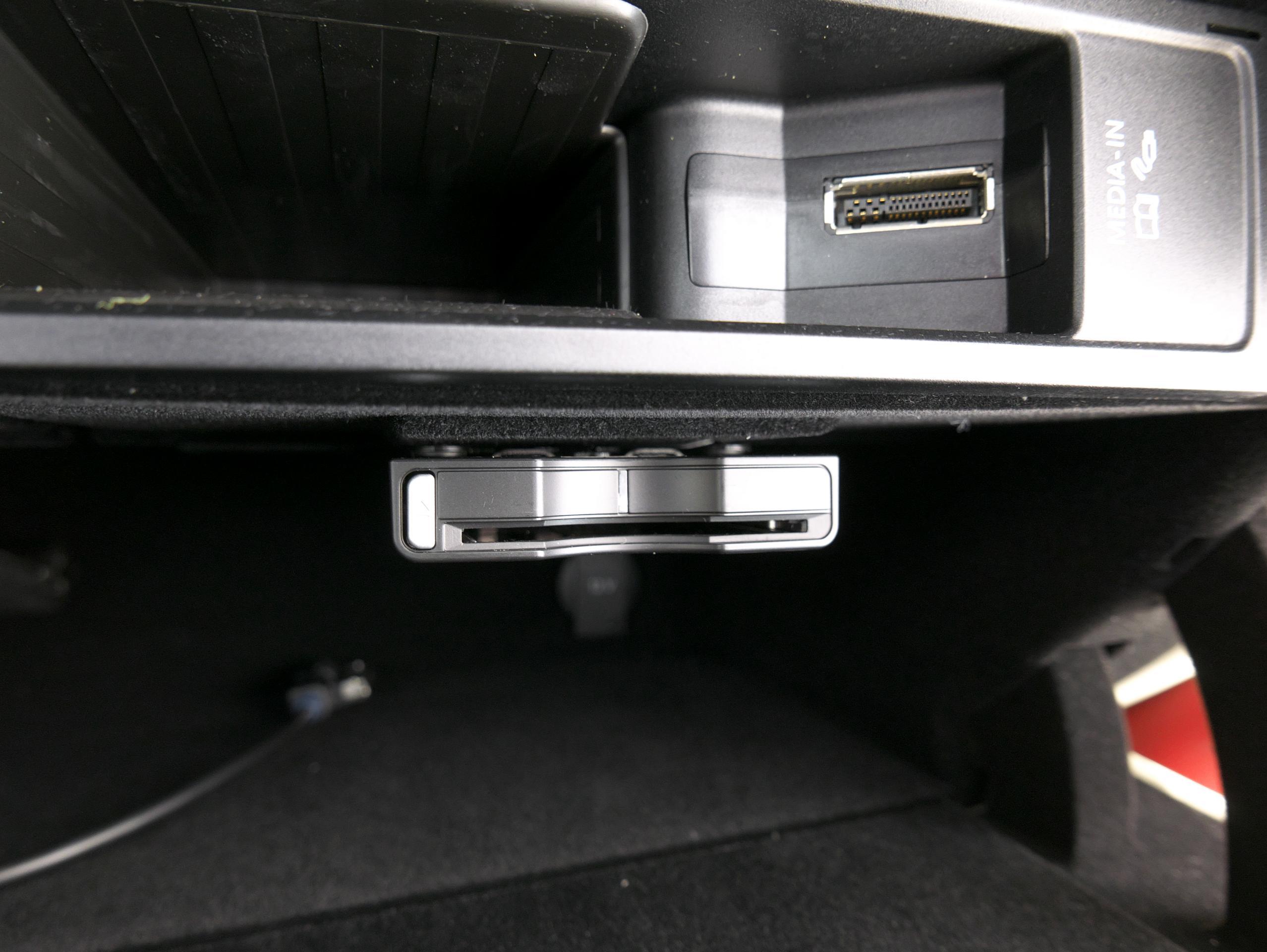 ベントレー フライングスパー W12 ETC