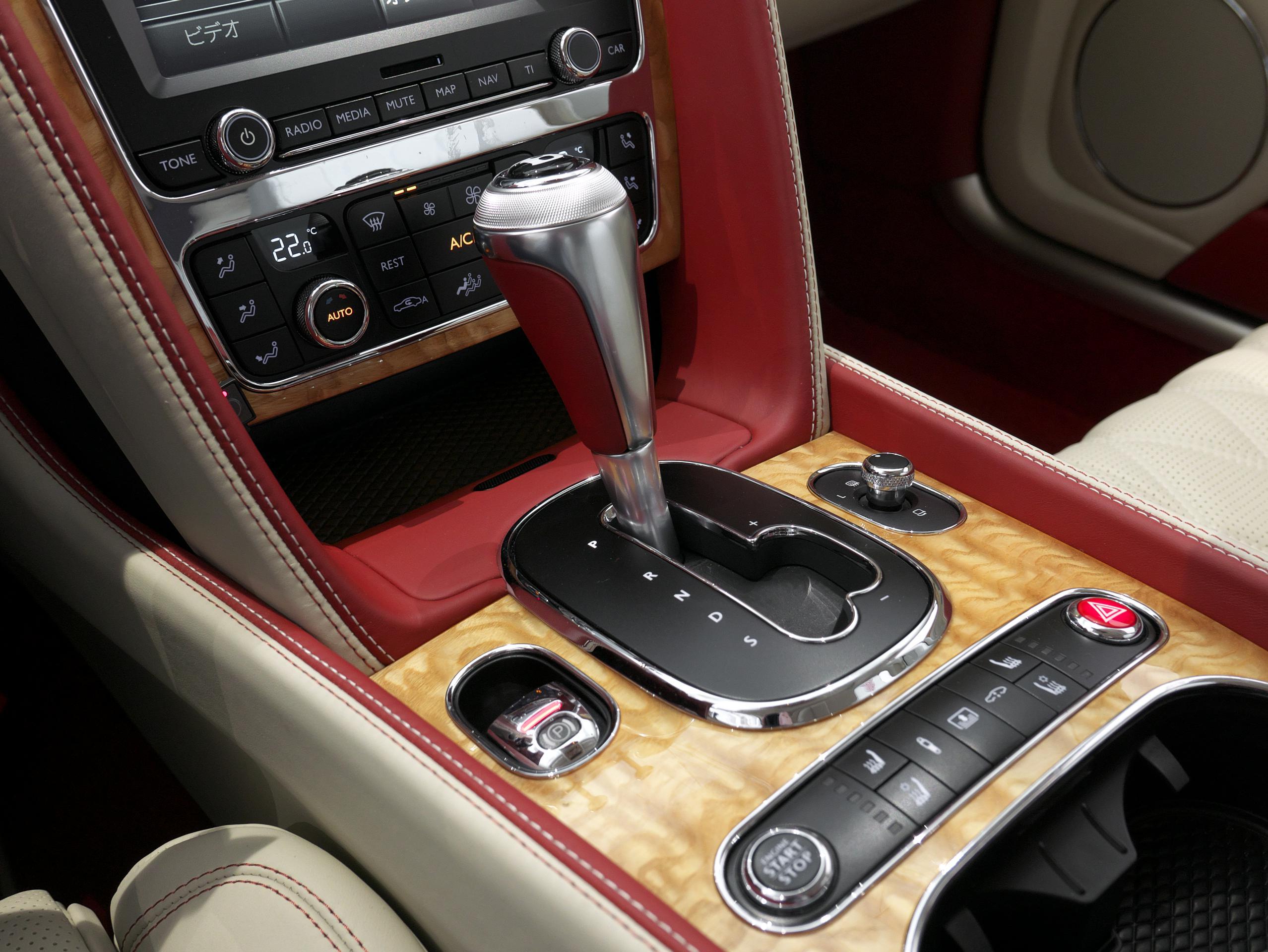 ベントレー フライングスパー W12 シフト