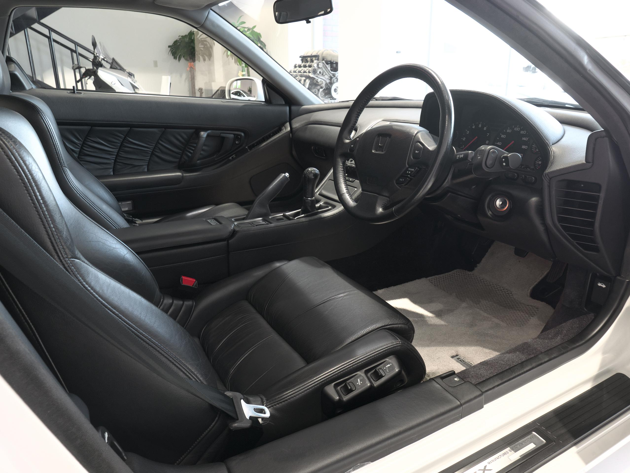 ホンダ NSX E-NA1 運転席