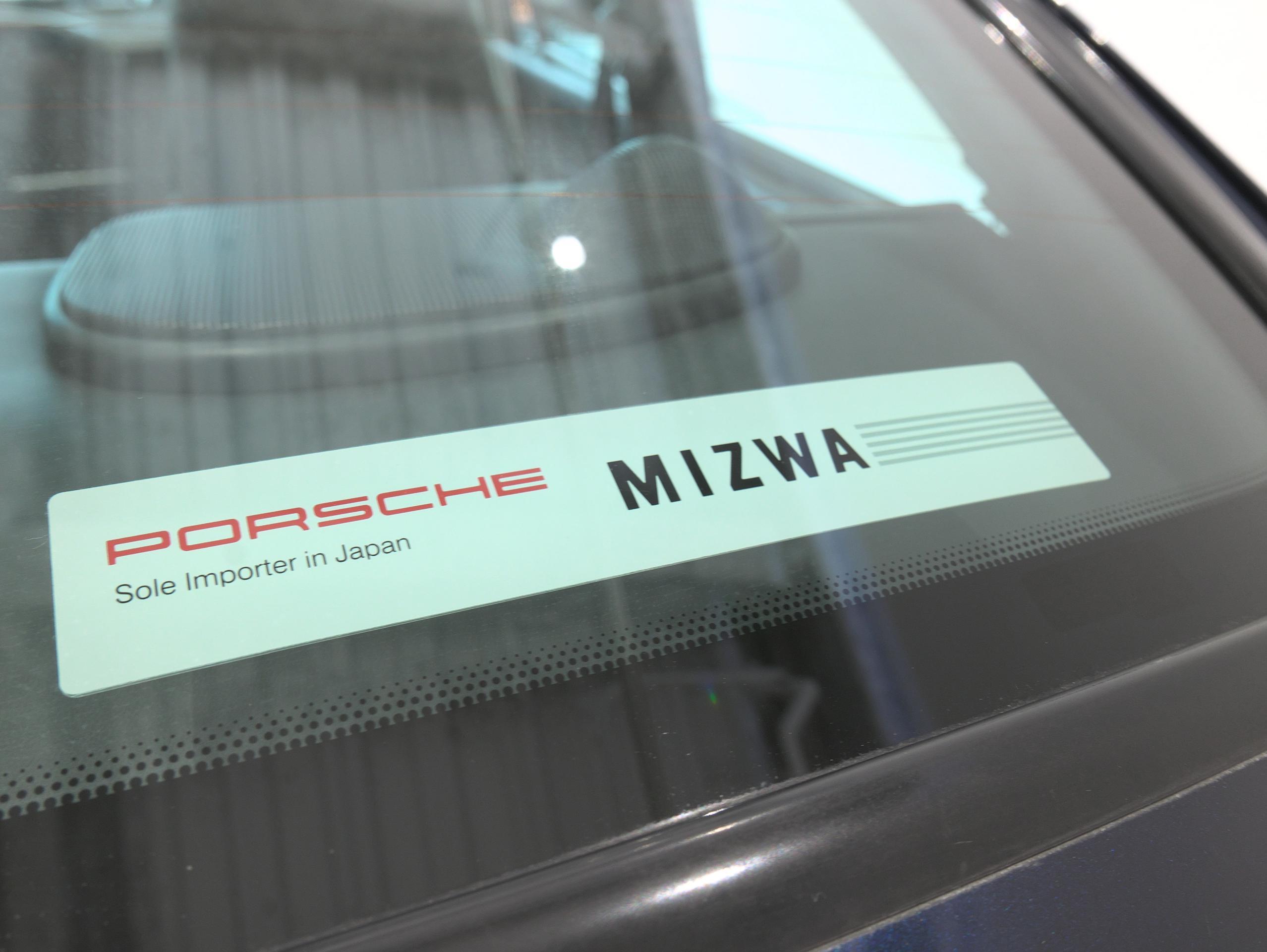 ポルシェ 911 カレラ4S 993 MIZWAステッカー
