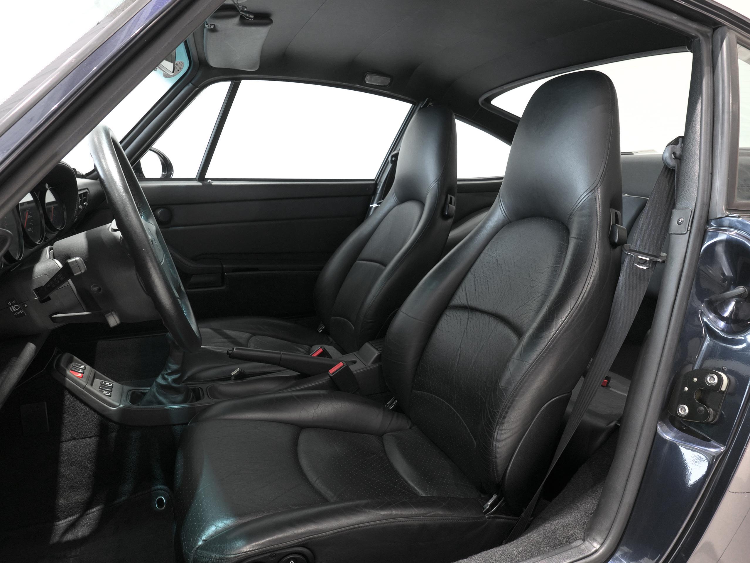 ポルシェ 911 カレラ4S 993 運転席シート