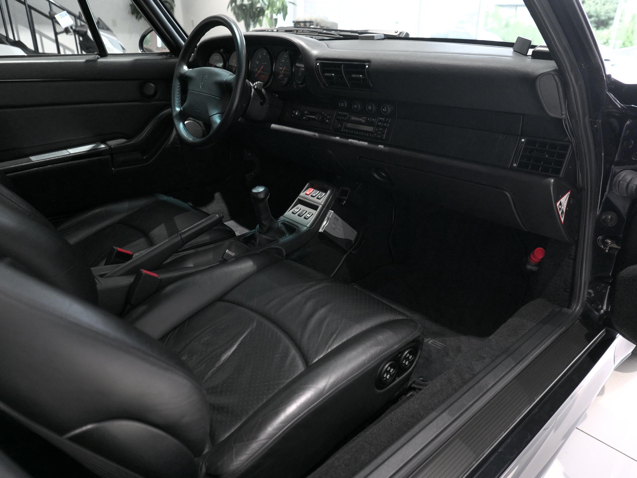 ポルシェ 911 カレラ4S 993 助手席
