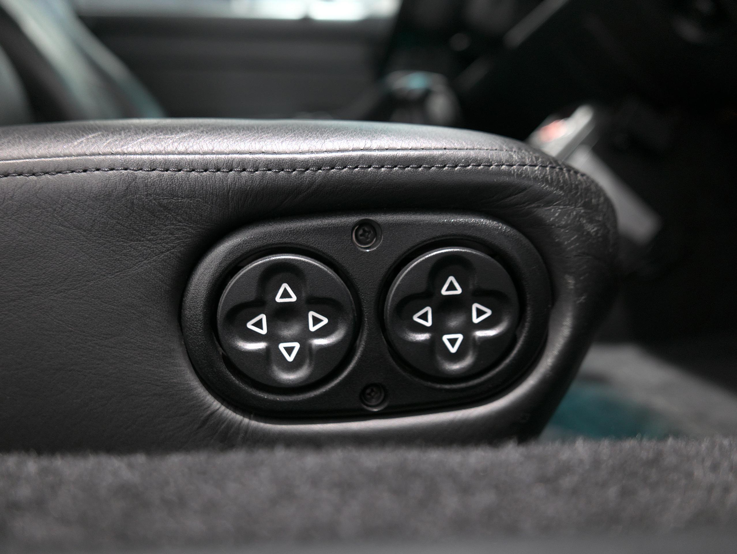 ポルシェ 911 カレラ4S 993 助手席パワーシートスイッチ