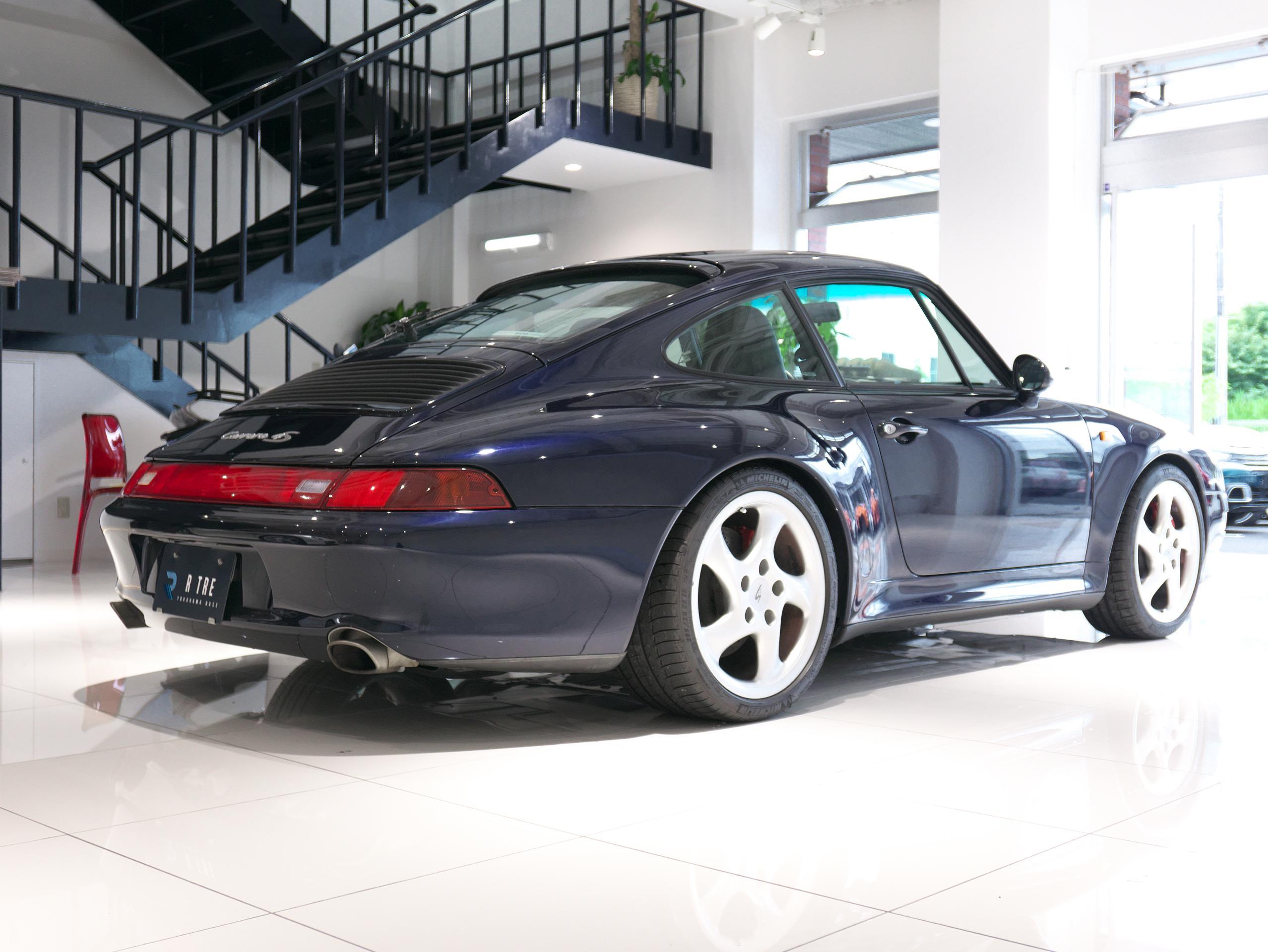 ポルシェ 911 カレラ4S 993 右リア
