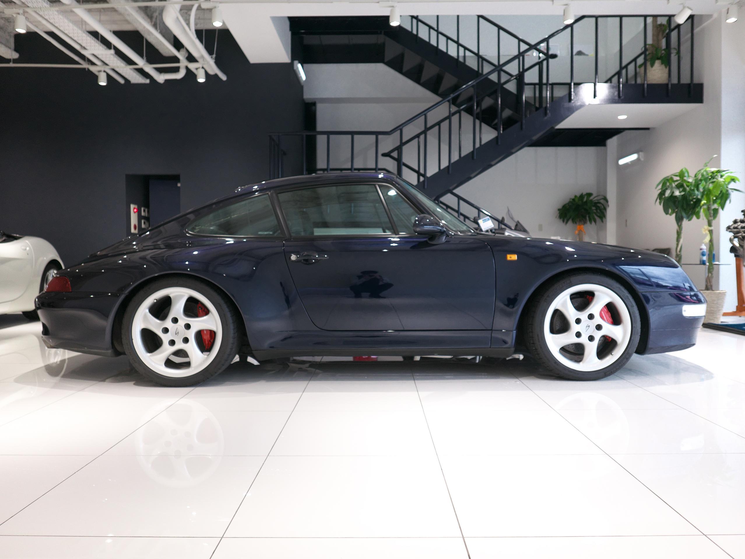 ポルシェ 911 カレラ4S 993 右サイド